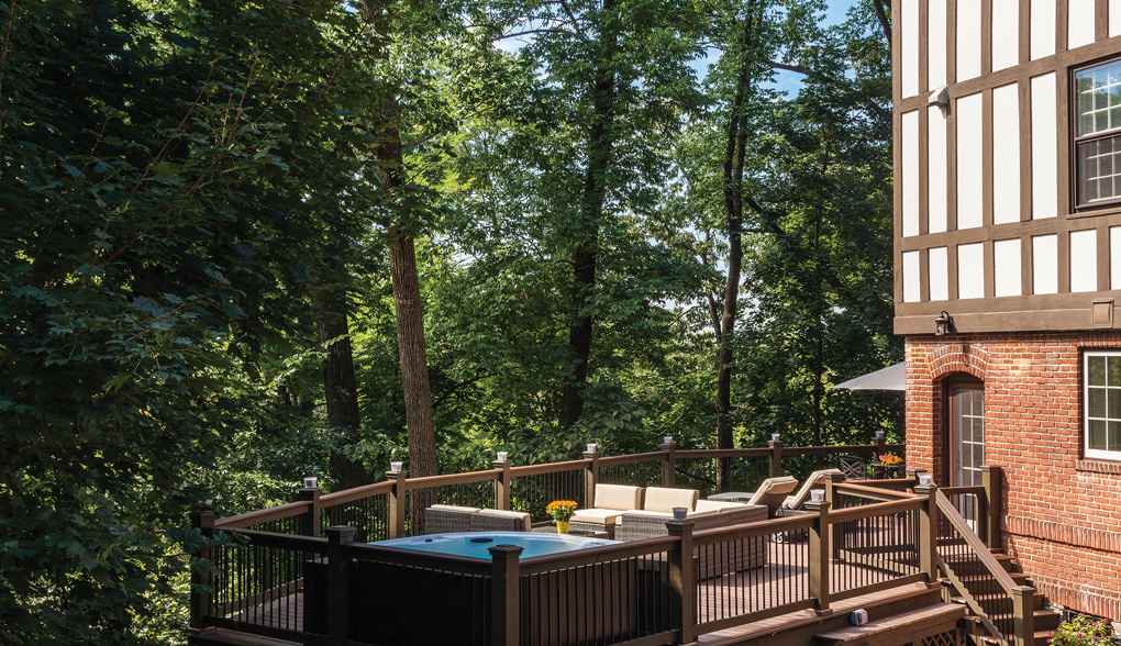 Roland Park Outdoor Living Space
